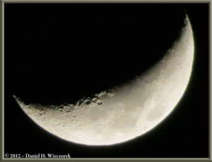 Mar28_2_MoonFromPorchRC