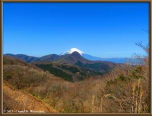 Mar16_075_ClimbingMtMyojingatake_MtFujiMtKintokiRC