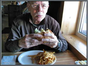 Mar6th_59_MonderosaBar_BurgerRC