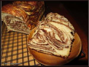 March17th_011_ChocolateMarbledBreadRC