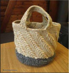 Feb24th_001_CrochetBag_StoneRC