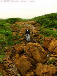 Jul10_061_Oze_MtShibutsu_Trail_KazuyaRC