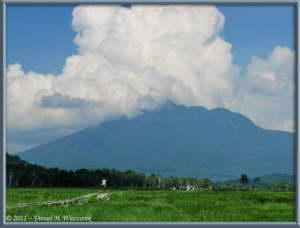 July15_081_OzeNP_Mt_HiuchigatakeRC