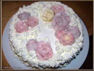 Nov11th_007_ButterCreamRoseCakeRC