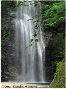 MtKawaNoriBig<BR>Waterfall03RC.jpg