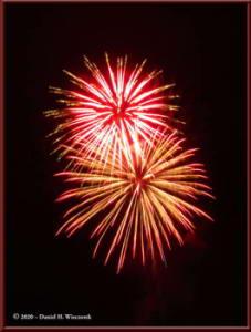 Dec31_05_UAFWestRidge_FireworksRC