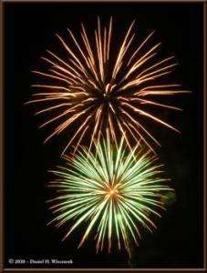 Dec31_14_UAFWestRidge_FireworksRC