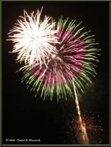 Dec31_24_UAFWestRidge_FireworksRC