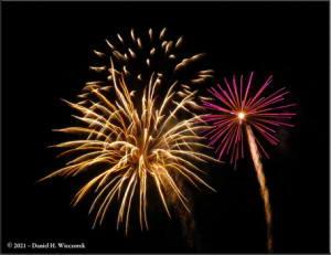 Dec31_01_UAF_FireworksRC