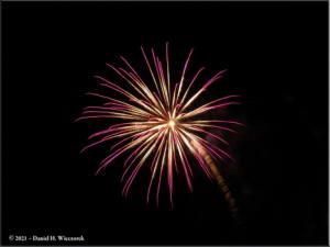 Dec31_02_UAF_FireworksRC