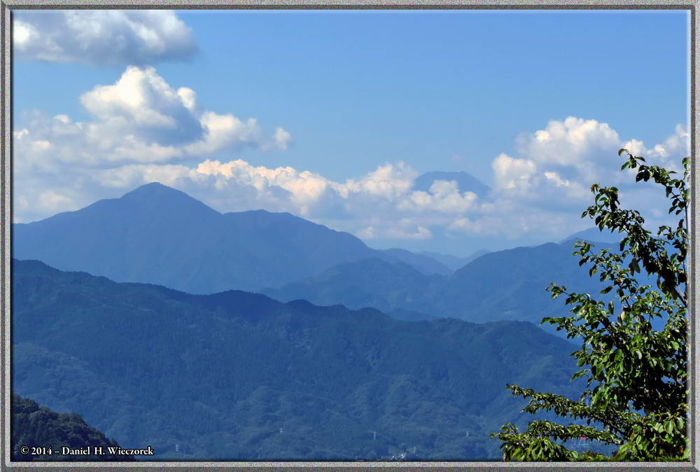 Mt. Tanzawa (on the left) & Mt. Fuji (on the right), from Mt. Takao