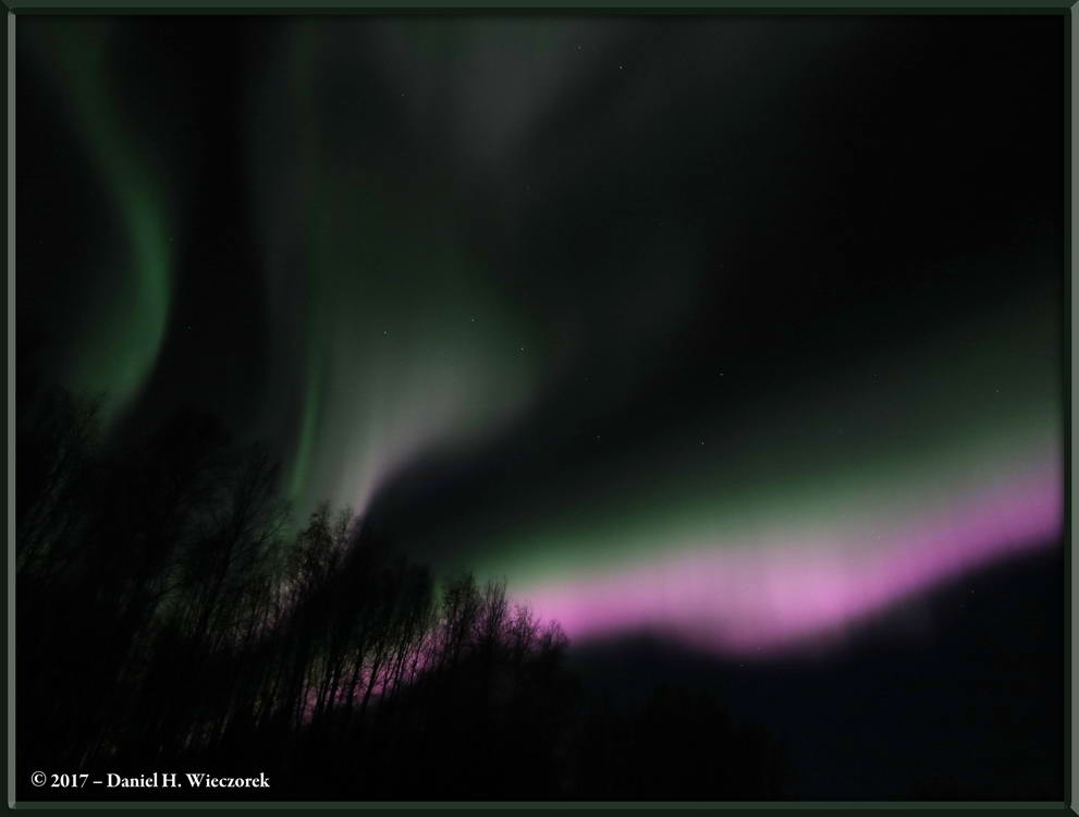 The Amazing Aurora - A Beautiful Aurora Borealis Display