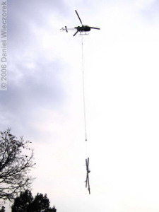 Dec16_TakaoSan_HelicopterLogging06bRC.jpg