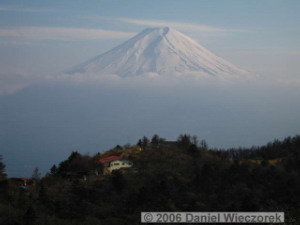 May03_Mitsutouge_Summit_Fuji36RC.jpg