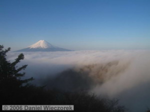 May04_Mitsutouge_Summit_Fuji_Sunrise66RC.jpg
