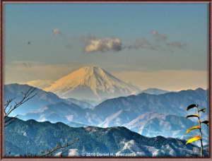Dec11_11HDR_MtTakao_MtFujiFRRC