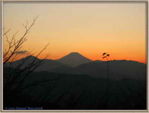 Dec20_12FR_MtTakao_SunsetRC