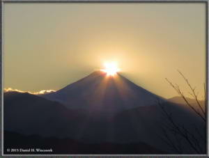 Dec19_87_MtFuji_DiamondFujiDayRC