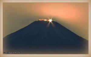 Dec19_89CropAdj_MtFuji_DiamondFujiDayRC