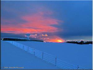 Dec22_10_SunriseTime_CHSR_AccentedEdgesRC