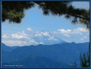 May30_15_TakaoArea_SummitSceneryRC