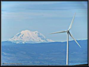 May27_02_WildHorseWind_SolarFacility_MtRainierRC