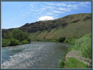 May27_11_UmtanumTrailHike_RiverRC