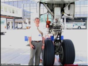 Boeing777_Walkaround01bRC.jpg