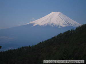 May04_Mitsutouge_DownTrail_Fuji98RC.jpg