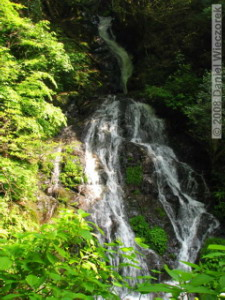 May23_Hinode_LowerWhiteRockWaterfall03RC.jpg