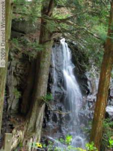 May02_Hahanoshira_Waterfall13RC.jpg