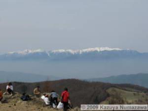 May3rd_MtNyuukasa027_Summit_SceneryRC.jpg