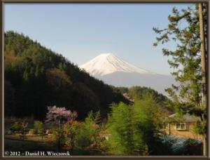 Apr29_33_KawaguchiLake_Scenery_Fuji_RC