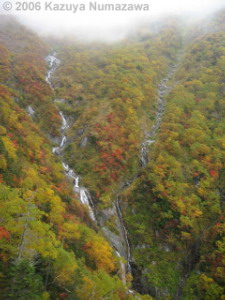 07Oct_RopewayRide_Waterfall01RC.jpg