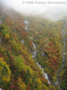 07Oct_RopewayRide_Waterfall02RC.jpg
