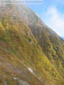 08Oct_Komagatake_Ropeway_Down_Ride03RC.jpg