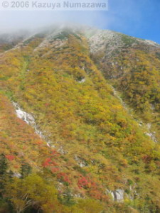 08Oct_Komagatake_Ropeway_Down_Ride08RC.jpg