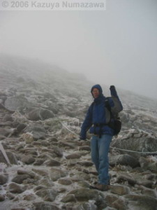 08Oct_Komagatake_Summit_Ice_Dan07RC.jpg
