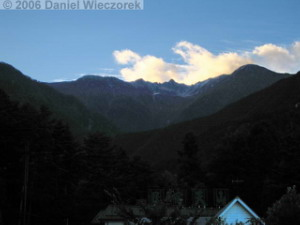 Oct08_Komagatake_Ropeway_Evening_Far04aRC.jpg