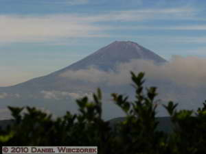 Oct23_033_Owakudani_MtFuji_RC