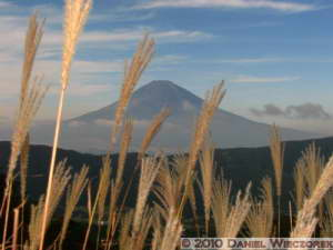 Oct23_061_Owakudani_MtFuji_RC