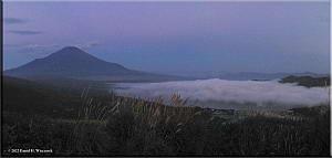 MtMyoujin_MtFuji_Sunrise11_12RC.jpg