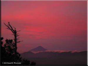 Sep05_Kumotori_Summit_Sunrise10RC.jpg