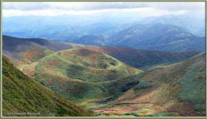 Sep20_149_150_151_MtAkitaKomagatake_Climbing_Rotated_ReposPano_ATRC