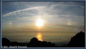 Aug08_309_310_R_ChokaiClimbSummitSunsetSunDogs_PanoramaRC