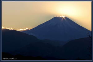 Dec19_89_MtFuji_DiamondFujiDayRC